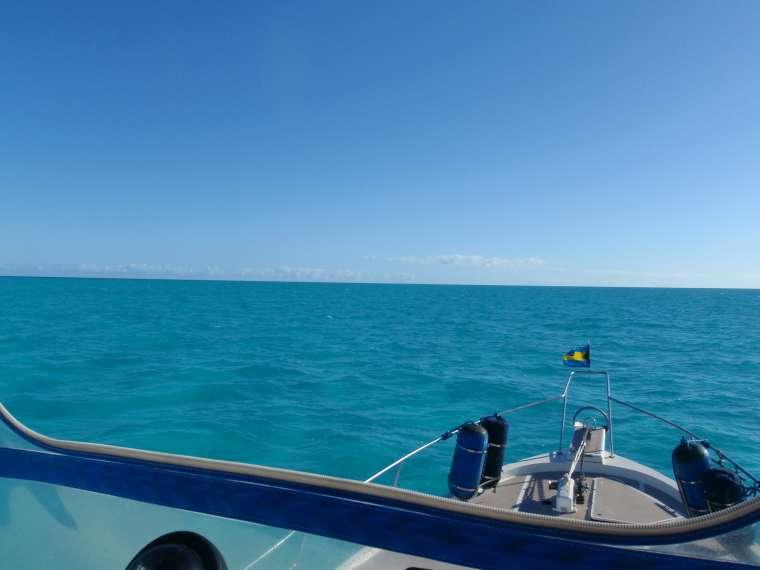 Crossing the Bahama Banks - 80nm of water