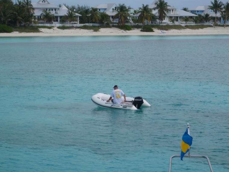 Chub Cay - checking the anchor!